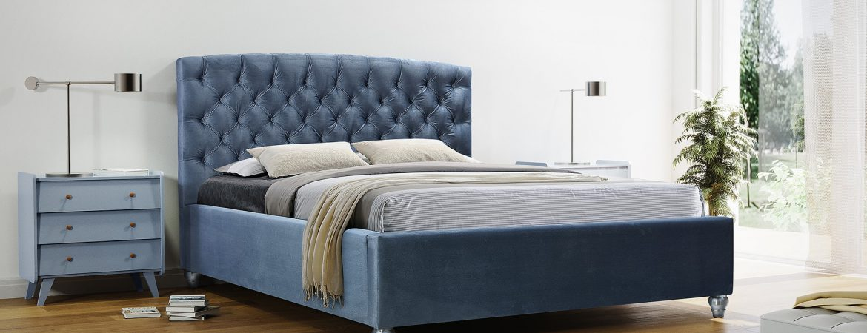Łóżka z zagłówkiem – zalety
